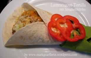 Spaghettikürbis-Tortilla mit Lammragout