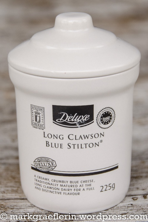 Devon Cut Rounds Stilton 2